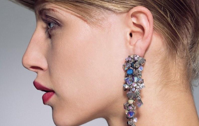 Як обробляти вухо після проколу