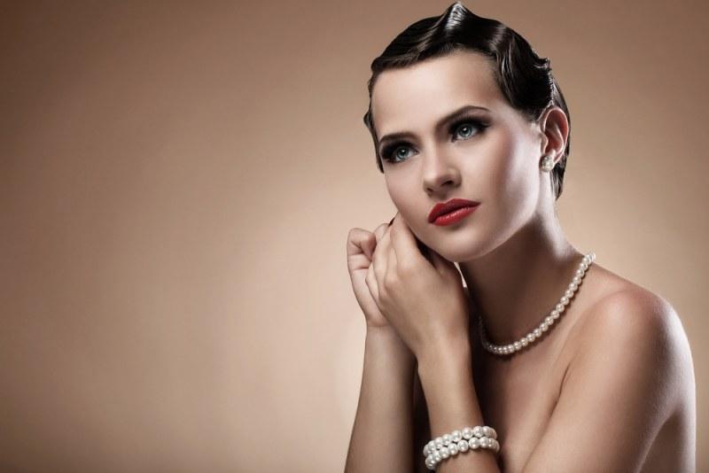Сережки з перлами - прикраса поза моди. На що звернути увагу при виборі?