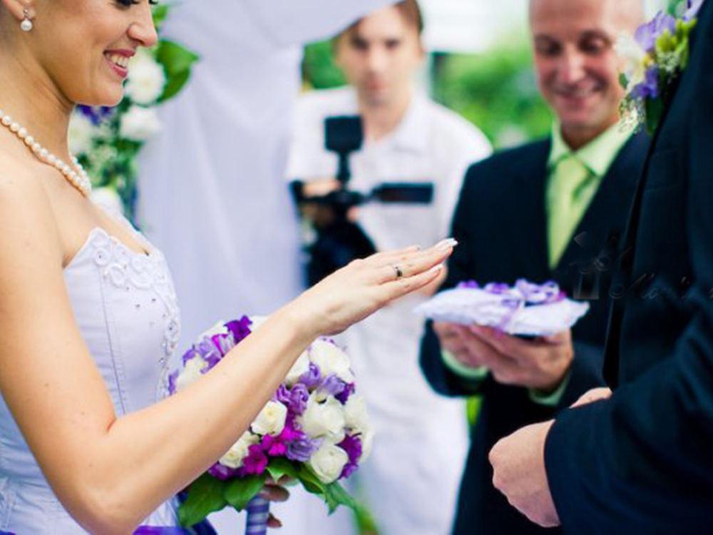Весільне агентство. Чи звертатися за допомогою?