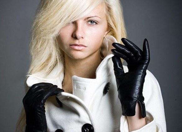 Зимові рукавички для модної дівчини